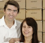Andrew_and_Charlotte_close_up_with_JBB_boxes